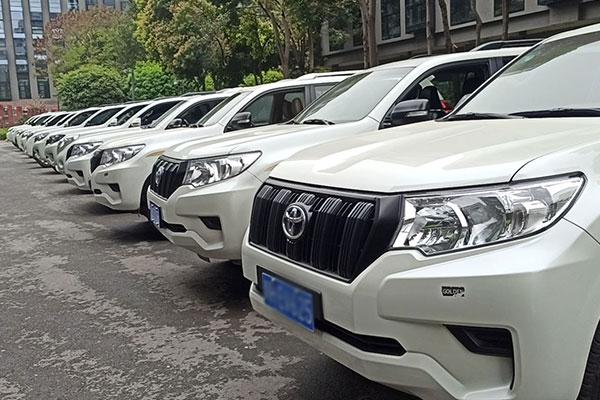 端午节在重庆租车多少钱一天?