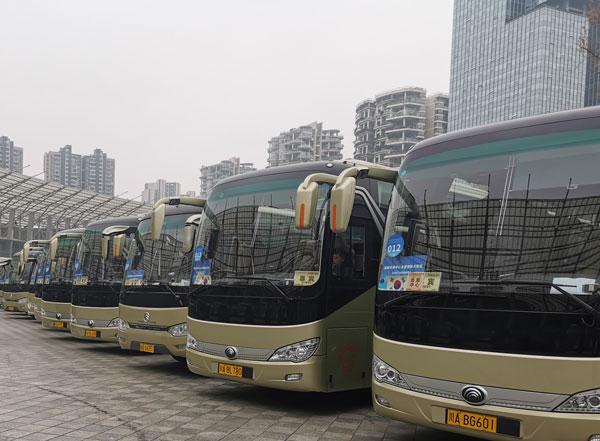 重庆市大巴车租车公司电话费用