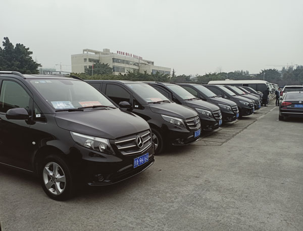 重庆7座商务车租车公司