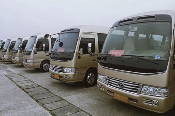 重庆企业包班车价格