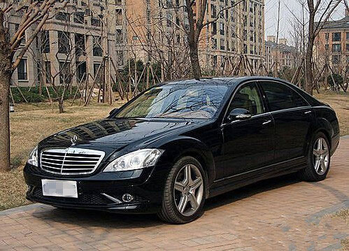 重庆租小轿车费用是多少?