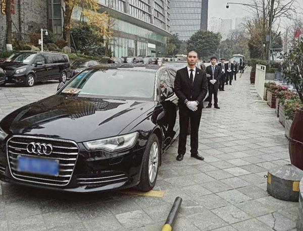 重庆商务租车带司机价格