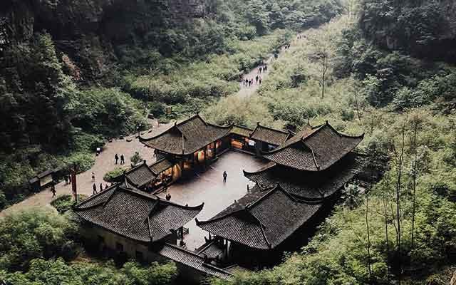 去重庆旅游怎么玩:重庆武隆天生三桥