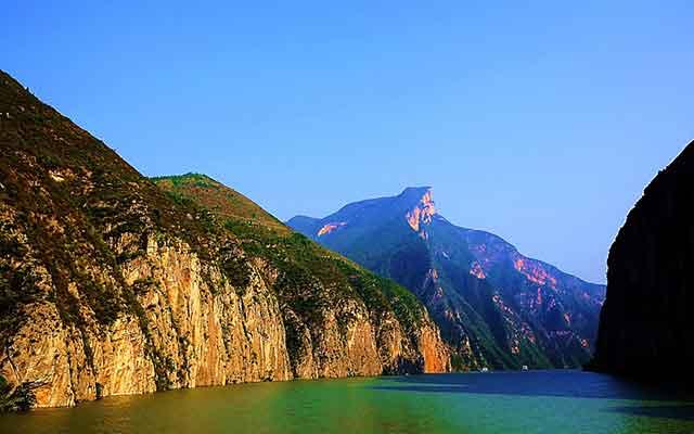 五一长江三峡旅游:瞿塘峡