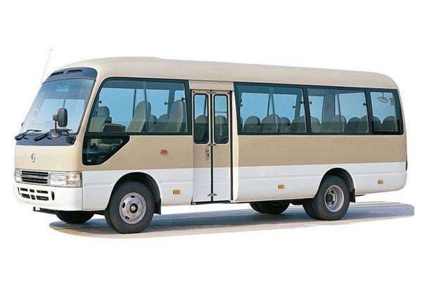 重庆租中巴车丰田考斯特23座价格费用多少钱