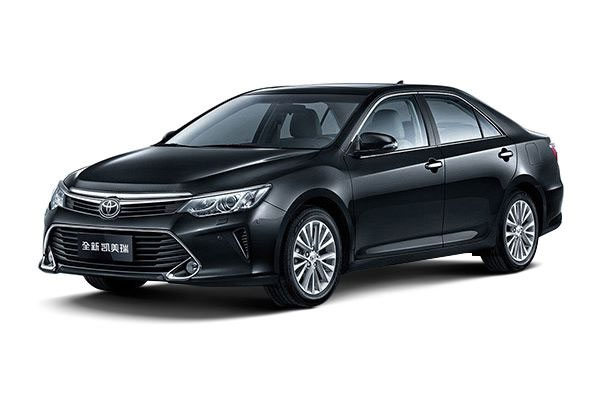 重庆租小轿车丰田凯美瑞5座价格费用多少钱
